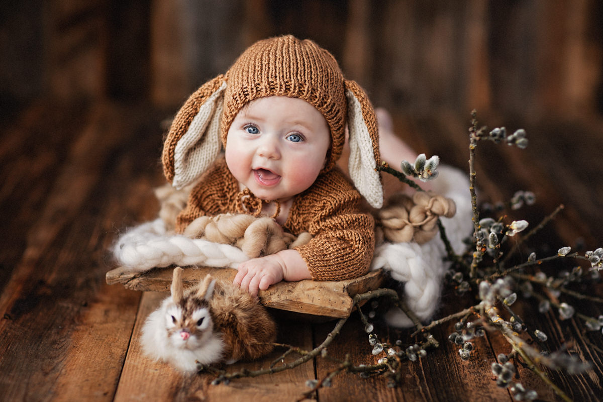 Babies Kids photographer Dubai UAE Monika Wasylewska